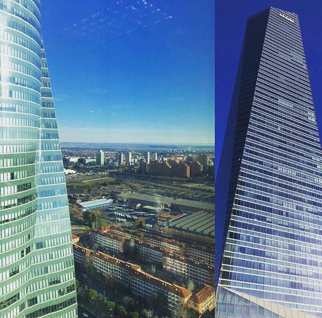 Trabajos en las plantas 24 25 29 de la Torre de KPMG en Madrid